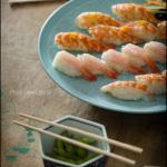 japonski sushi, ki ga pripravlja japonski šef Shin Sato