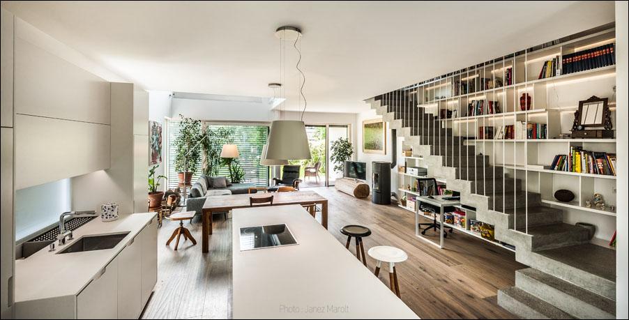 Demšar arhitekti - Hiša Caspar - kuhinja in dnevna soba