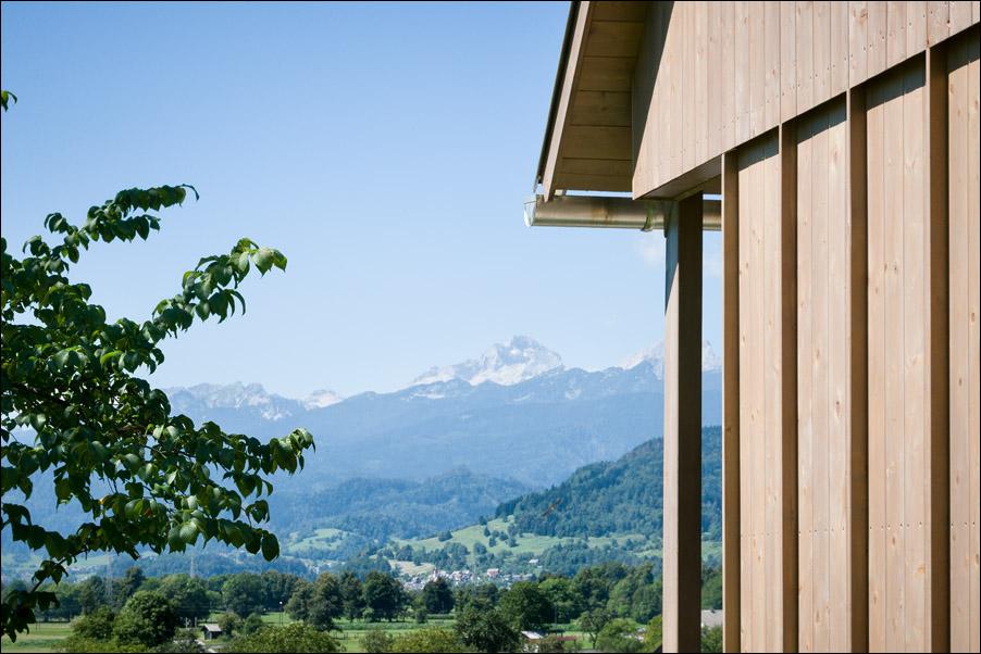 Hiša v Doslovčah - Kombinat arhitekti - pogled na Triglav