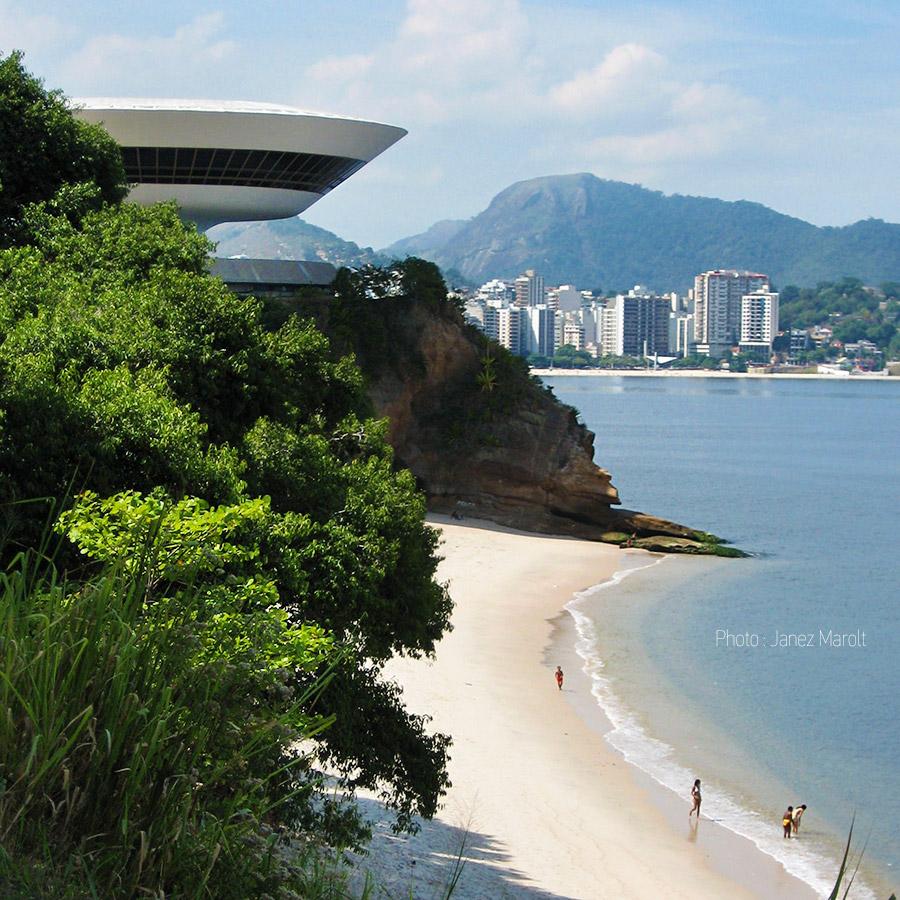 Arhitekturna_fotografija_Niemeyer