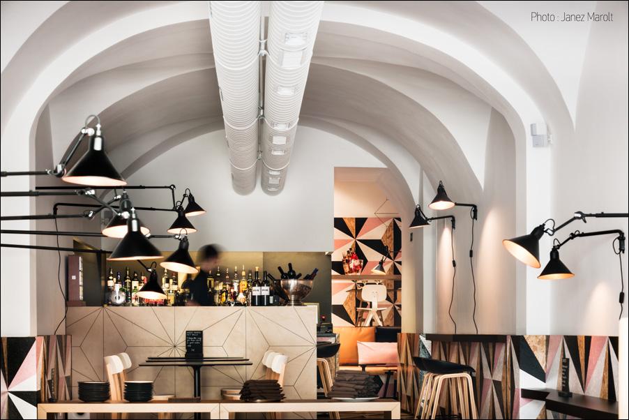Lokal Robba Ljubljana, AKSL Arhitekti, fotografije: Janez Marolt