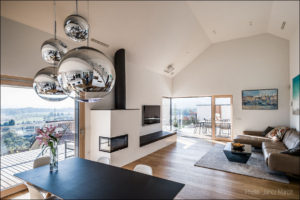 Hisa_arh_Ivana_Hainz-jedilna miza in dnevna soba