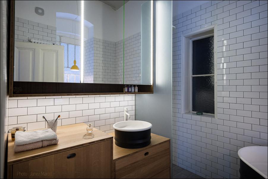 Kombinat arhitekti - stanovanje na Dunaju - kopalnica