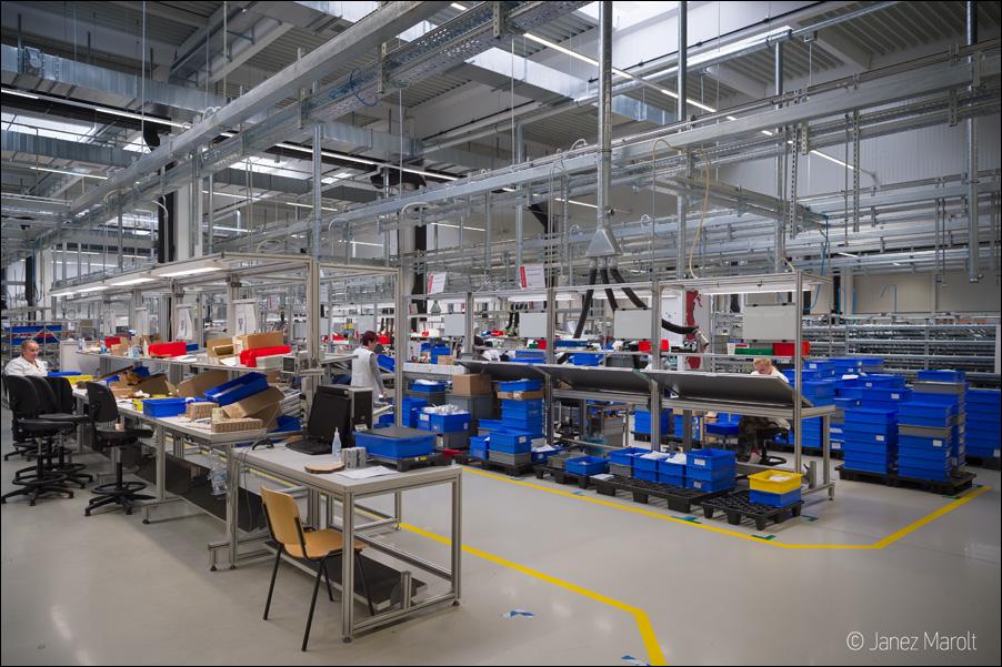 Fotografiranje industrijske proizvodnje - notranjost tovarne