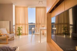 Fotografiranje stanovanj - arhitekturna fotografija interierja stanovanja - pogled navzven
