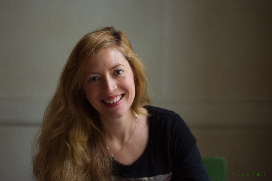 Portret pisateljice - Luna Jurančič Šribar - portretna fotografija Janez Marolt