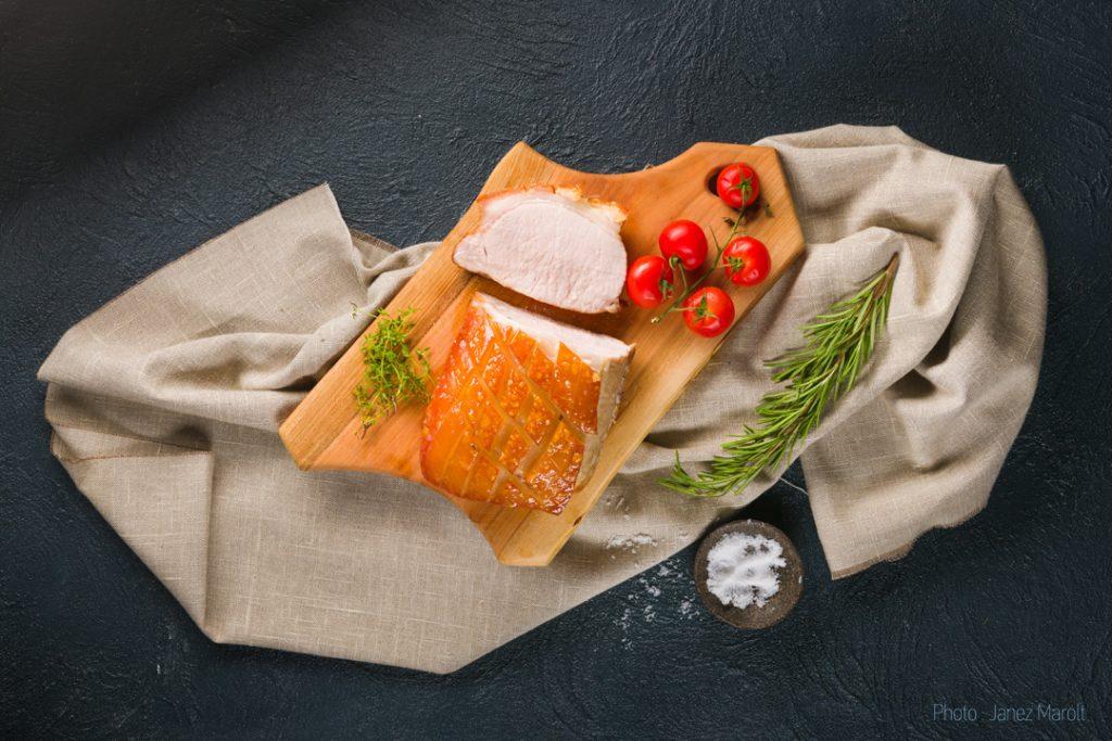 Fotografiranje hrane - image fotografija pečenega svinjskega mesa